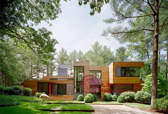 远南木屋独特的现代木结构建筑